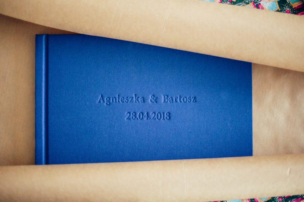 Album with embossing poznań Wedding photography