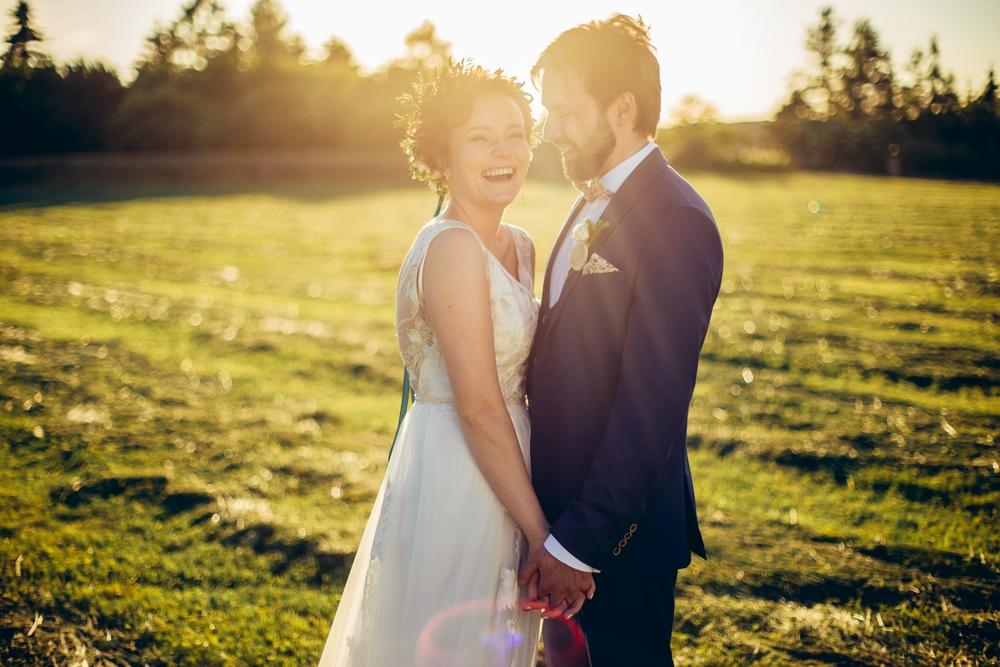 Sesja plenerowa w dniu ślubu fotograf weselny poznań