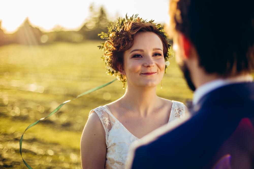 Sesja plenerowa w dniu ślubu fotograf weselny gniezno